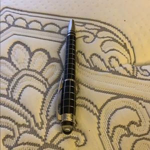 MontBlanc Pen 2 Pieces style.with Extra Ink